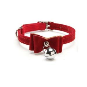 red-velvet-bow-collar